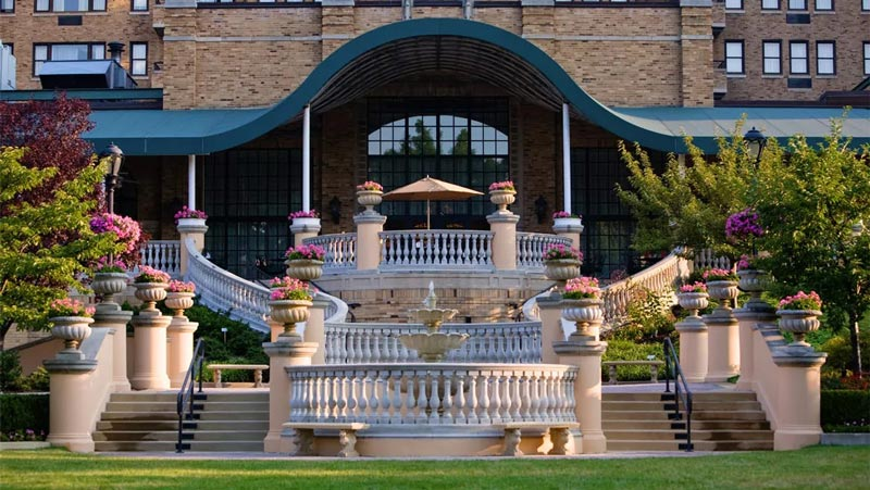 The Omni Shoreham Hotel in Woodley Park - Historic Luxury Hotel in Washington, DC