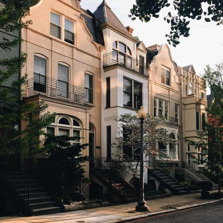 @mattschmalzel - Golden light in Washington, DC's Dupont Circle neighborhood