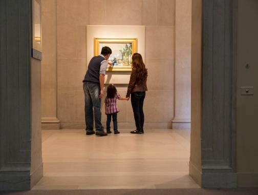 Family at the Smithsonian Freer|Sackler Galleries on the National Mall - Free museums in Washington, DC